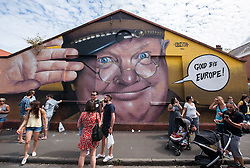 © Licensed to London News Pictures.23/07/2016. Bristol, UK.  Upfest street art festival 2016, Europe's largest, free, street art & graffiti festival, attracting over 300 artists painting 28 venues throughout Bedminster & Southville, Bristol.  Photo credit : Simon Chapman/LNP