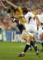 Photo. Steve Holland. England v Australia Final at the Telstra Stadium, Sydney. RWC 2003.<br />22/11/2003.<br />Jonny Wilkinson kicks