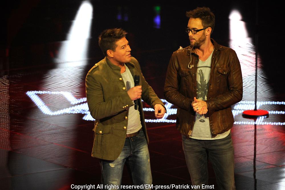 Eerste Live Show van de Voice of Holland in Studio 22 in Hilversum.<br /> <br /> Op de foto:  Charly Luske en Martijn Krabbé