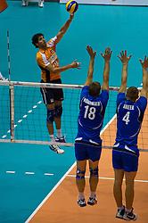 12-09-2010 VOLLEYBAL: EK KWALIFICATIE NEDERLAND - ESTLAND: ROTTERDAM<br /> Niels Klapwijk<br /> ©2010-WWW.FOTOHOOGENDOORN.NL / Peter Schalk