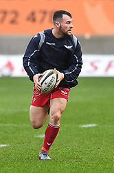Ryan Conbeer of Scarlets during the pre match warm up<br /> <br /> Photographer Craig Thomas/Replay Images<br /> <br /> Guinness PRO14 Round 11 - Scarlets v Edinburgh - Saturday 15th February 2020 - Parc y Scarlets - Llanelli<br /> <br /> World Copyright © Replay Images . All rights reserved. info@replayimages.co.uk - http://replayimages.co.uk