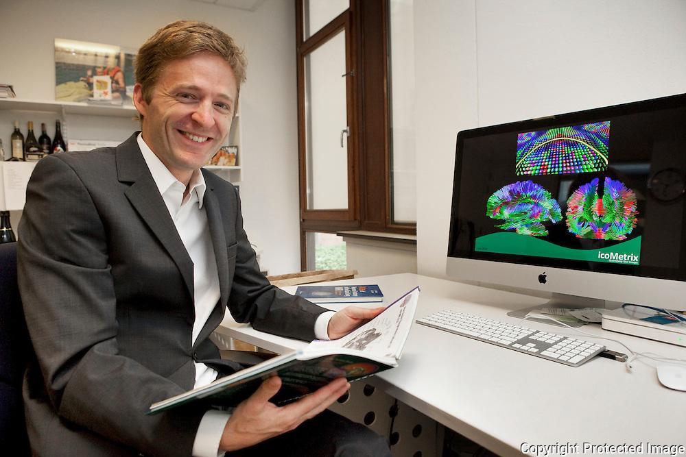 357971-Dirk Loeckx-start icoMetrix om medische beelden te analyseren-UZ Leuven-Herestraat 49 Leuven