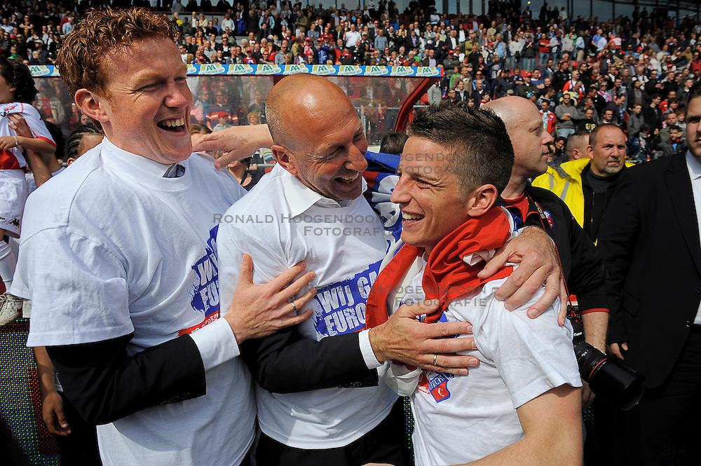 16-05-2010 VOETBAL: FC UTRECHT - RODA JC: UTRECHT<br /> FC Utrecht verslaat Roda in de finale van de Play-offs met 4-1 en gaat Europa in / Hans Somers en Dries Mertens<br /> ©2010-WWW.FOTOHOOGENDOORN.NL