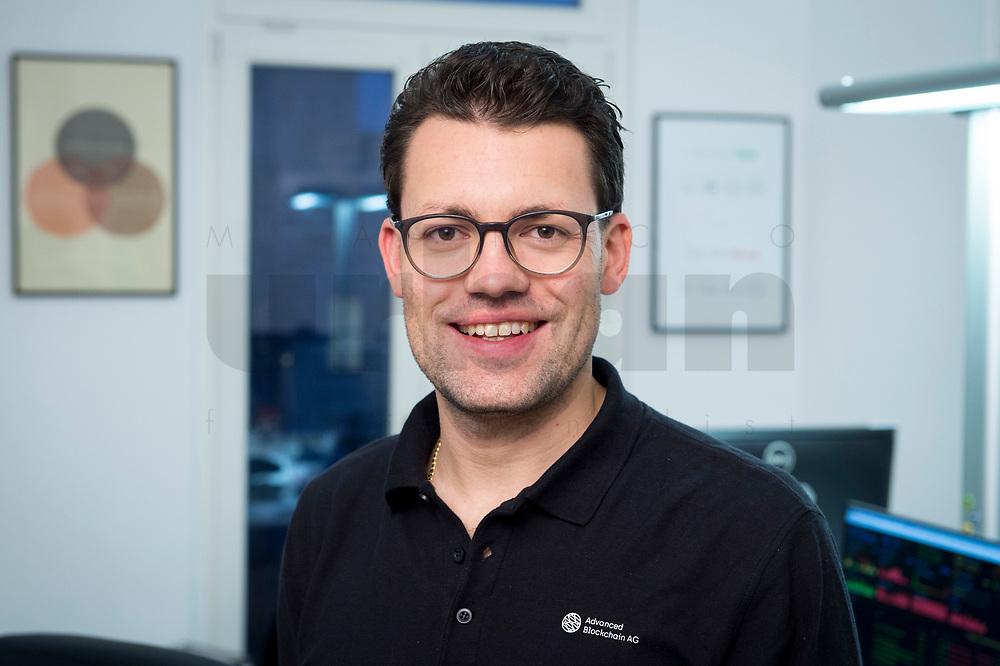 18 JAN 2018, BERLIN/GERMANY:<br /> Robert A. Kuefner , CVO Advanced Blockchain AG und CEO nakamo.to, in seinem Buero Advanced Blockchain AG<br /> IMAGE: 20180118-02-015<br /> KEYWORDS: Robert A. Küfner, Start-up, Bitcoin