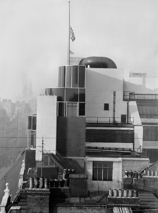 Daily Express Building, London, 1935