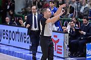DESCRIZIONE : Beko Legabasket Serie A 2015- 2016 Dinamo Banco di Sardegna Sassari - Betaland Capo d'Orlando<br /> GIOCATORE : Fabrizio Paglialunga<br /> CATEGORIA : Arbitro Referee Time Out<br /> SQUADRA : AIAP<br /> EVENTO : Beko Legabasket Serie A 2015-2016<br /> GARA : Dinamo Banco di Sardegna Sassari - Betaland Capo d'Orlando<br /> DATA : 20/03/2016<br /> SPORT : Pallacanestro <br /> AUTORE : Agenzia Ciamillo-Castoria/L.Canu