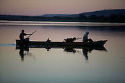 Ibiai_MG, Brasil...Rio Sao Francisco, o rio da integracao nacional. Na foto, pesca do rio...The Sao Francisco river, It is an important river for Brazil, called the river of national integration. In this photo, the fishing in the river...Foto: LEO DRUMOND / NITRO