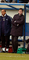 Photo: Leigh Quinnell.<br /> Luton Town v Hull City. Coca Cola Championship. 04/02/2006. Luton manager Mike Newell unhappy on the bench.