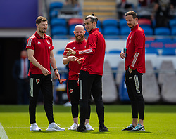 CARDIFF, WALES - Saturday, June 5, 2021: Wales' Ben Davies, Jonathan Williams, captain Gareth Bale and goalkeeper Daniel Ward on the pitch before an International Friendly between Wales and Albania at the Cardiff City Stadium in their game before the UEFA Euro 2020 tournament. (Pic by David Rawcliffe/Propaganda)