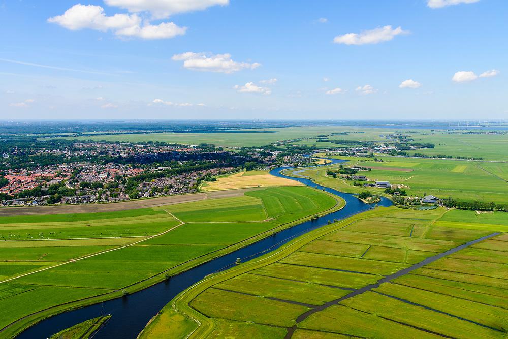 Nederland, Utrecht, Amersfoort, 29-05-2019; veenweide landschap tussen Soest em Amersfoort met weilanden en rivier de Eem.<br /> Small river Eem in rural area.<br /> <br /> luchtfoto (toeslag op standard tarieven);<br /> aerial photo (additional fee required);<br /> copyright foto/photo Siebe Swart