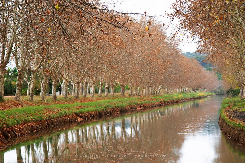 Canal du Midi. Argens-Minervois. Languedoc. France. Europe.