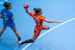 Kelly Vollebregt of Netherlands in action during the Women's friendly match between Netherlands and Slovenia at De Maaspoort on march 19, 2021 in Den Bosch, Netherlands (Photo by RHF Agency/Ronald Hoogendoorn)
