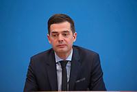 DEU, Deutschland, Germany, Berlin,19.02.2018: Mike Mohring, CDU-Landeschef in Thüringen, in der Bundespressekonferenz zur Vorstellung der Repräsentativen Schulstudie 2018 im Auftrag der Fraktionsvorsitzendenkonferenz der CDU/CSU.