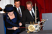 Her Majesty the queen has opened on Wednesday 12 April in national museum from Speelklok to pierement in Utrecht the exibition Royal Music machines.<br /> <br /> Hare Majesteit de Koningin heeft op woensdag 12 april in Nationaal Museum van Speelklok tot Pierement te Utrecht de tentoonstelling Royal Music Machines geopend.<br /> <br /> op de foto: <br /> <br /> <br />  De koningin opend de tentoonstelling / The Queen opens the exibition.
