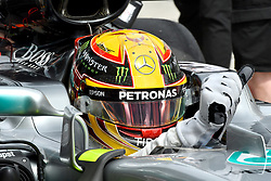 SEPANG, Sept. 29, 2017  Mercedes' British driver Lewis Hamilton competes during the second practice session of the Formula One Malaysia Grand Prix at the Sepang Circuit in Malaysia, on Sept. 29, 2017. (Credit Image: © Chong Voon Chung/Xinhua via ZUMA Wire)
