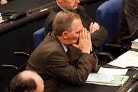 20 JAN 2000, BERLIN/GERMANY:<br /> Wolfgang Schäuble, CDU Vorsitzender und CDU/CSU Fraktionsvorsitzender, während der Debatte zur CDU Spendenaffäre, Plenum, Deutscher Bundestag<br /> Wolfgang Schaeuble, Chairman of the Christian Democratic Union and the CDU/CSU parliamentary group, during the debate about the affair of secret donations to the CDU, plenary, German Bundestag<br /> IMAGE: 20000120-01/01-22