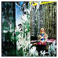 Street Art 14                                      Hamburg Homage Serie 2015.                                                  C-Print auf eine MDF-Platte mit einer Stärke von 5 mm gebracht und mit einer besonderen Schicht aus Wachs versiegelt.<br /> Format: 20 cm x 20 cm. 30 cm x 30 cm. 60 cm x 60 cm.<br /> Open Edition  2015.                          ©Nero Pécora
