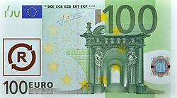 SYMBOLBILD - Krankengeld, Behindertenkosten, Kosten fuer Krankenkassen, 100 EURO Geldschein, Banknote, Vorderseite // SYMBOL PICTURE - sick leave, disability costs, costs for health insurance, 100 EURO Paper Currency, banknote, front. EXPA Pictures © 2013, PhotoCredit: EXPA/ Eibner/ Michael Weber<br /> <br /> ***** ATTENTION - OUT OF GER *****