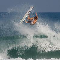 Surf - 8.2011