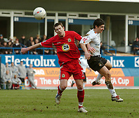 Photo: Kevin Poolman.<br />Luton Town v Blackburn Rovers. The FA Cup. 27/01/2007. Brett Emerton of Blackburn and Steve Robinson of Luton fight it out for the ball.