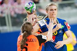 10-12-2014 CRO: EHF EK Nederland - Zweden, Varazdin<br /> Jenny Alm #29 of Sweden and Jessy Kramer #5 during handball match between Netherlands and Sweden at 11th EHF European Women's Handball Championship Hungary-Croatia 2014<br /> *** USE NETHERLANDS ONLY ***
