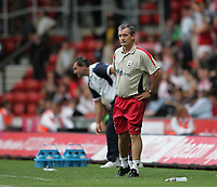 Photo: Lee Earle.<br /> Southampton v West Bromwich Albion. Coca Cola Championship. 12/08/2006. Saint's manager George Burley.