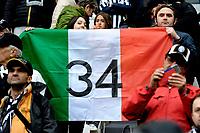 Juventus fans celebrate the italian championship victory with an italian flag<br /> Bandiera Italia scudetto Juventus <br /> Torino 01-05-2016 Juventus Stadium Football Calcio Serie A 2015/2016 Juventus - Carpi. Foto Filippo Alfero / Insidefoto