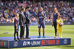 August 5, 2017 - Paris, France - Nasser Al Khelaifi (PRESIDENT PSG) - 10 NEYMAR JR (psg) - Anne Laure Bonnet  (Credit Image: © Panoramic via ZUMA Press)