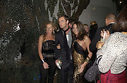 KELLY HOPPEN, JUDE LAW AND NATASHA CORRETT. Why Not?  in aide of the orphans of the Rwandan genocide. Westbourne Studios. 24 November 2005. ONE TIME USE ONLY - DO NOT ARCHIVE  © Copyright Photograph by Dafydd Jones 66 Stockwell Park Rd. London SW9 0DA Tel 020 7733 0108 www.dafjones.com