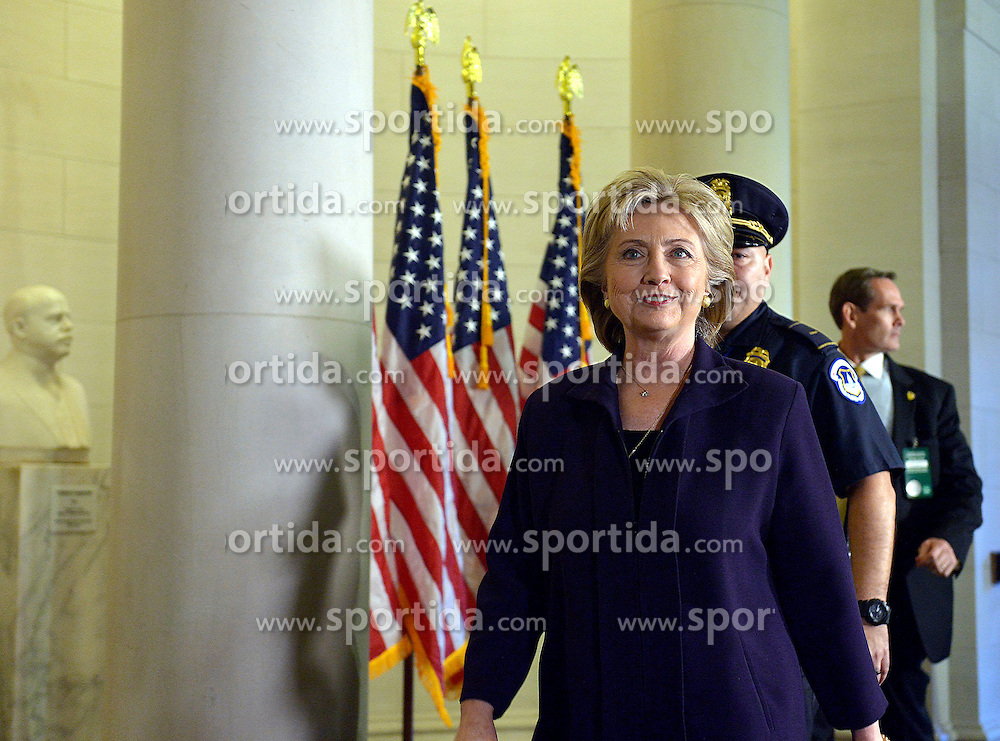 Democratic presidential candidate and former Secretary of State Hillary Clinton arrives for a hearing before the House Select Committee on Benghazi on Capitol Hill in Washington D.C, the United States, Oct. 22, 2015. EXPA Pictures © 2015, PhotoCredit: EXPA/ Photoshot/ Yin Bogu<br /> <br /> *****ATTENTION - for AUT, SLO, CRO, SRB, BIH, MAZ only*****
