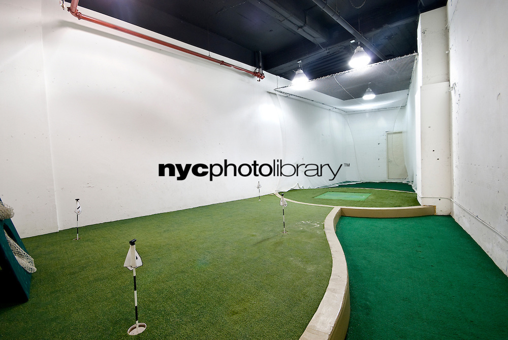 Indoor Golf Green at 45 Wall St