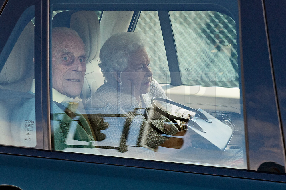 © Licensed to London News Pictures. 04/08/2020. London, UK. QUEEN ELIZABETH II and PRINCE PHILIP arrive at RAF Northolt in London to board a plane to take them to their Balmoral residence in Scotland for summer break. Photo credit: Ben Cawthra/LNP
