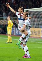 Fotball<br /> Tyskland<br /> 08.04.2015<br /> Foto: Witters/Digitalsport<br /> NORWAY ONLY<br /> <br /> Schlussjubel v.l. Rafinha, Holger Badstuber (Bayern)<br /> <br /> Fussball, DFB-Pokal, Viertelfinale, Bayer 04 Leverkusen - FC Bayern München 4:5 n.E.