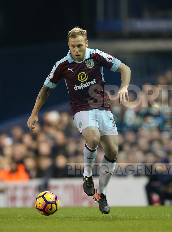 Burnley's Scott Arfield in action during the Premier League match at White Hart Lane Stadium, London. Picture date December 18th, 2016 Pic David Klein/Sportimage