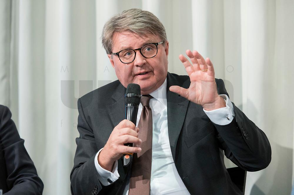 09 MAY 2019, BERLIN/GERMANY:<br /> Dr. Theodor Weimer, Vorstandsvorsitzender der Deutschen Boerse, Wirtschaftskonferenz des Wirtschaftsforums der SPD, Kalkscheune<br /> IMAGE: 20190509-01-098