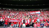 GEPA-0806084354 - WIEN,AUSTRIA,08.JUN.08 - FUSSBALL - UEFA Europameisterschaft, EURO 2008, Oesterreich vs Kroatien, AUT vs CRO. Bild zeigt Fans. Keywords: Fahne, Flagge.<br />Foto: GEPA pictures/ Mario Kneisl