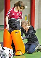 BENNEBROEK - Zaalhockey D meisjes competitie. ANP COPYRIGHT KOEN SUYK