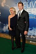 Premiere De Nieuwe Wildernis in het concertgebouw, Amsterdan.<br /> <br /> Op de foto:  Freek Vonk met zijn vriendin  Eva Jinek