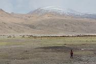 A Tibetan child on Ladakh's Changtang plateau