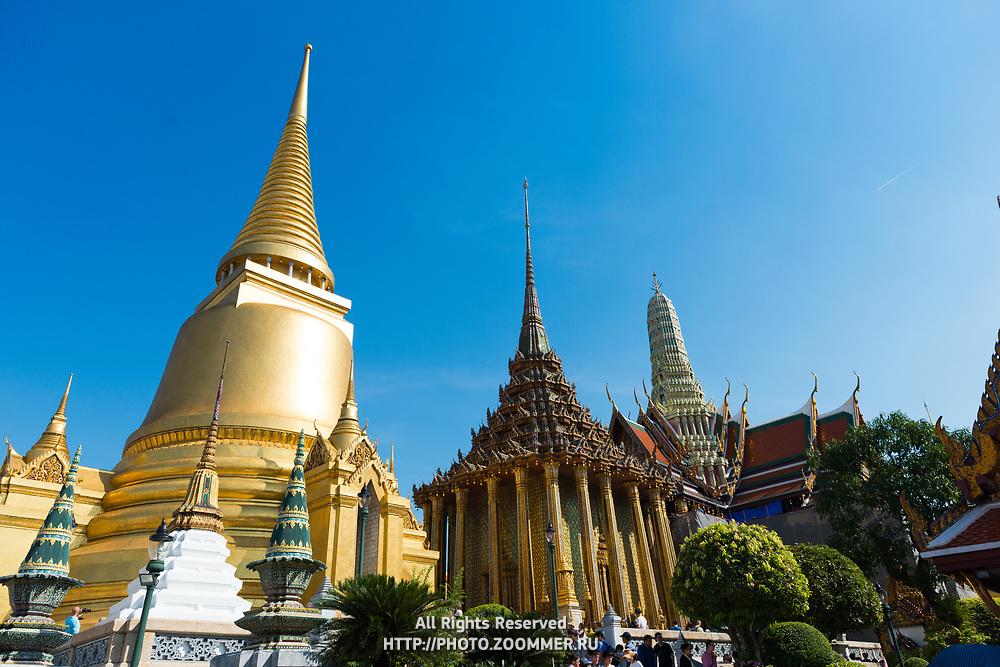 Temple of Emerald Budda with Phra Si Rattana Chedi, Bangkok, Thailand