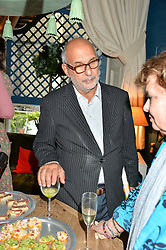 ALAN YENTOB at a party to celebrate the publication of 'A Girl From Oz' by Lyndall Hobbs held at Flat 1, 165 Cromwell Road, London on 12th May 2016.