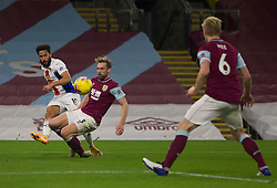 Andros Townsend of Crystal Palace (L) crosses the ball - Mandatory by-line: Jack Phillips/JMP - 23/11/2020 - FOOTBALL - Turf Moor - Burnley, England - Burnley v Crystal Palace - English Premier League