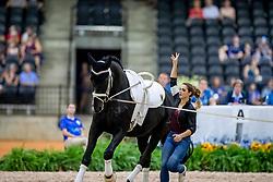Kay Sarah, GER, Sir Valentin 5, Lunger Dr Menke Dina<br /> World Equestrian Games - Tryon 2018<br /> © Hippo Foto - Stefan Lafrenz<br /> 22/09/18