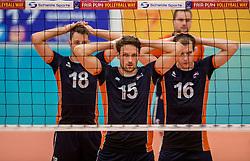 24-09-2016 NED: EK Kwalificatie Nederland - Wit Rusland, Koog aan de Zaan<br /> Nederland wint na een 2-0 achterstand in sets met 3-2 / Robbert Andringa #18, Thomas Koelewijn #15, Wouter ter Maat #16
