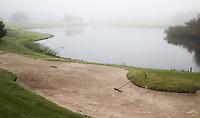DEN DOLDER -  bunker met hark. .  Golfsocieteit De Lage Vuursche. COPYRIGHT KOEN SUYK