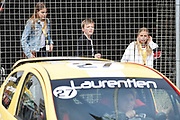 De Jumbo Racedagen, driven by Max Verstappen op Circuit Zandvoort. / The Jumbo Race Days, driven by Max Verstappen at Circuit Zandvoort.<br /> <br /> Op de foto / On the photo: Prinses Laurentien crashed tijdens de tweede ronde van de ladies GT race op de achtergrond haar kinderen  /  Princess Laurentien crashed during the second round of the ladies GT race on the background her children