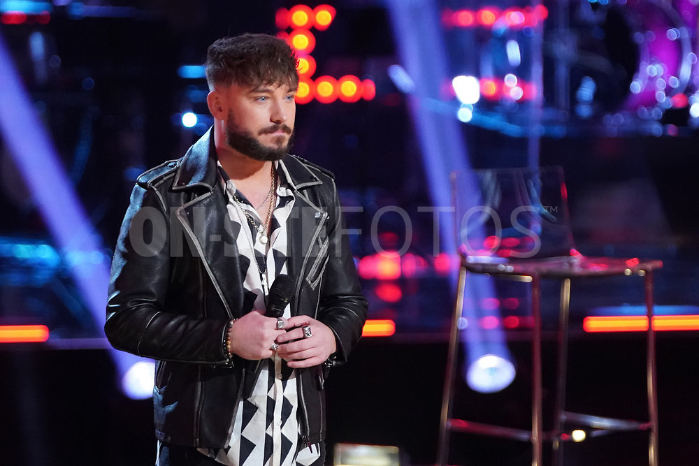 """THE VOICE  -- """"Knockout Rounds"""" Episode 2010 --  Pictured: Corey Ward -- (Photo by: Tyler Golden/NBC)"""