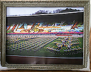 misc_gold frames etc--no motherland without you-north Korea