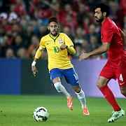 Brazil's Neymar JR (L) during their a international friendly soccer match Turkey betwen Brazil at Sukru Saracoglu Arena in istanbul November 12, 2014. Photo by Aykut AKICI/TURKPIX