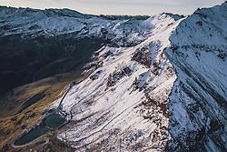 THEMENBILD - Blick auf die Strasse mit den Schnee bedeckten Bergen in der Morgensonne. Fuscherlacke, Mittertoerl. Die Grossglockner Hochalpenstrasse verbindet die beiden Bundeslaender Salzburg und Kaernten und ist als Erlebnisstrasse vorrangig von touristischer Bedeutung, aufgenommen am 11. September 2019 in Fusch a. d. Grossglocknerstrasse, Österreich // View on the road with the snow covered mountains in the morning sun, Fuscherlacke, Mittertoerl. The Grossglockner High Alpine Road connects the two provinces of Salzburg and Carinthia and is as an adventure road priority of tourist interest, Fusch a. d. Grossglocknerstrasse, Austria on 2019/09/11. EXPA Pictures © 2019, PhotoCredit: EXPA/ JFK